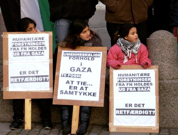 FNs nødhjælp blokeres af Israel