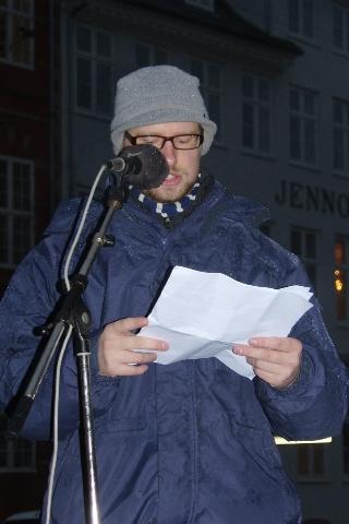 Lars Grenaa ved protest foran udenrigsministeriet 4. februar 2009
