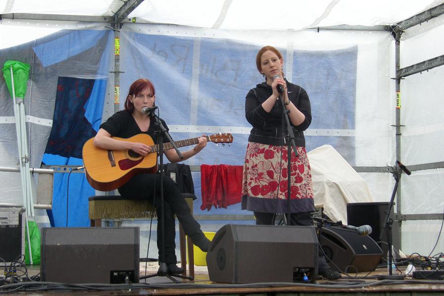 Eva og Marie Fælledparken 1. maj 2008