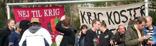 Krig koster: Fra 1. maj på Den røde Plads i Fælledparken 2008