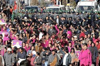 Munke tog initiativ til protesterne i Tibet