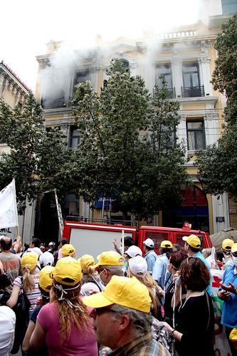 Branden i Marfin-banken, Athen, som kostede tre ansatte livet