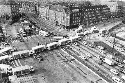 Bryggeriarbejdere blokerer Hans Knudsens Plads 1984