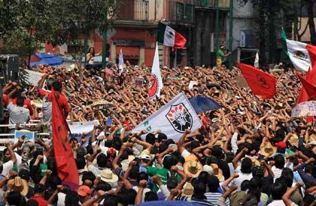 Mexicanske elarbejdere protesterer mod massefyringer