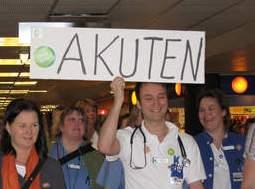 Stor vrede blandt de strejkende svenske sundhedsarbejdere efter Vårdförbundets OK-forræderi