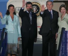 Anne-Mette og Anders Fogh med Bush og kone