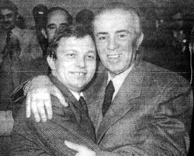 Klaus Riis, formand for DKP/ML, sammen med Enver Hoxha på Albaniens Arbejdets Partis 8. kongres i Tirana, 1981