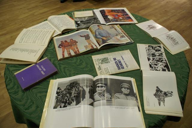 Bøger om Enver Hoxha og det socialistiske Albanien