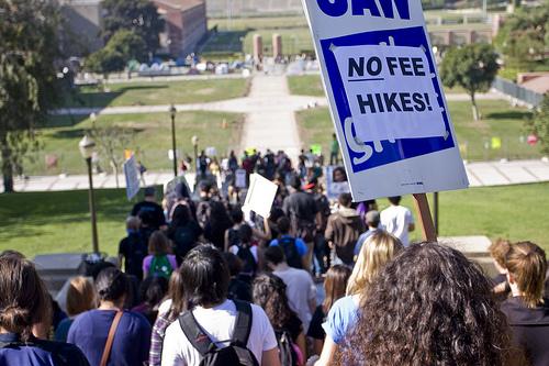 Studenterprotest UCLA 19. november 2009 mod forhøjelse af betalingen