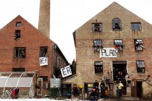 her_er_plads