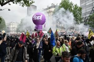 manifestation-contre-la-loi-travail-a-paris_12052016
