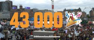 43000