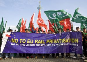 England, UK .13.11. 2008. Paris. RMT ( Rail, Maritime & Transport ) trade union joins CGT & other European rail unions in protest demonstration against EU railways privatisation. © Andrew Wiard - Phone: + 44 (0) 7973-219 201.
