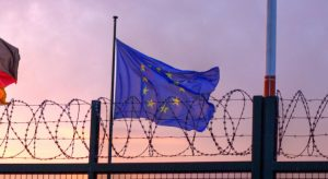 EU_flag_barbed_wire